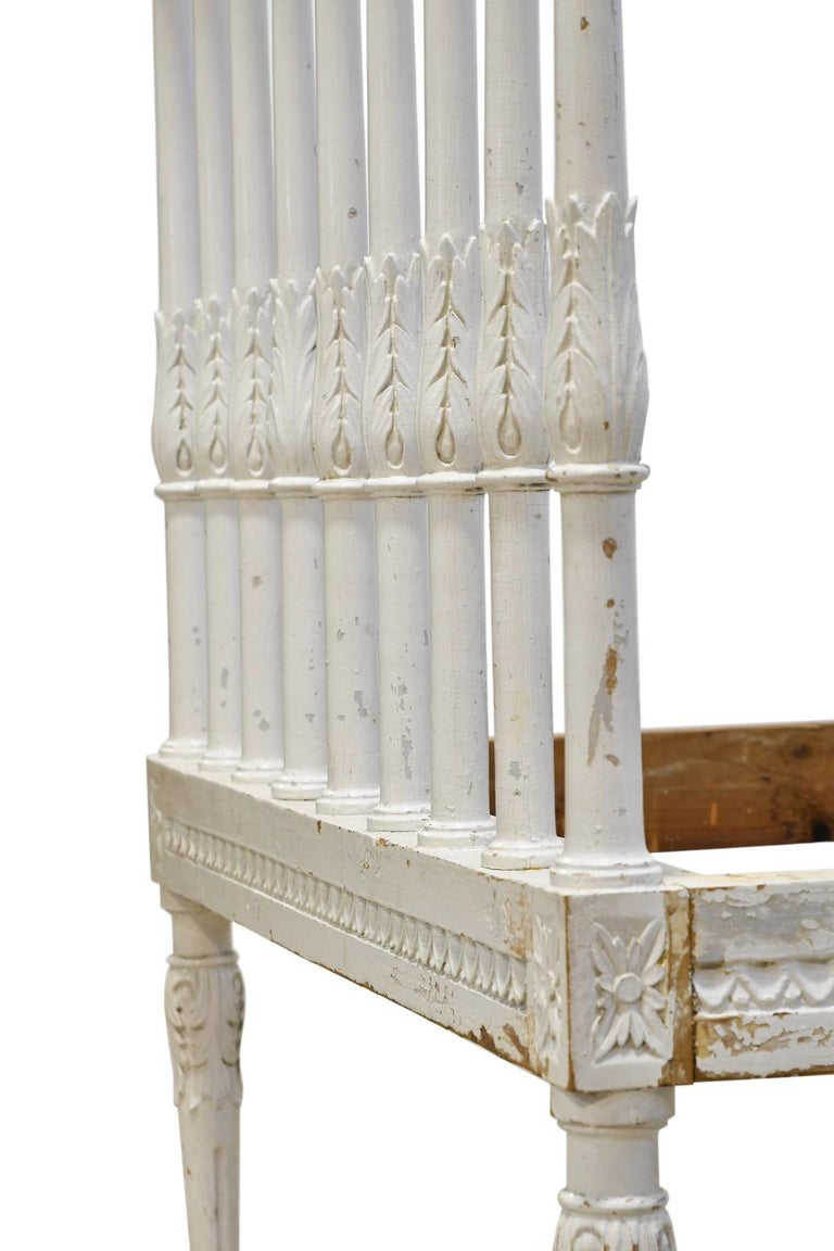 Swedish Gustavian Banquette/Daybed w/ White-Grey Paint & New Upholstery, c 1800  For Sale 8