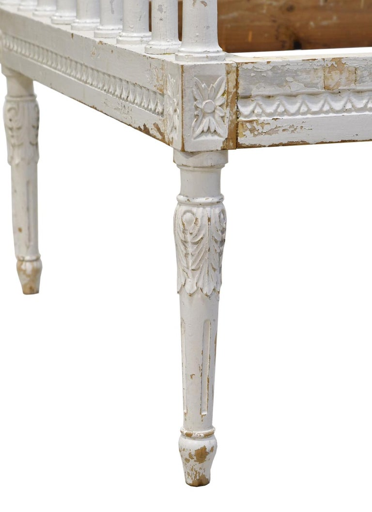 Swedish Gustavian Banquette/Daybed w/ White-Grey Paint & New Upholstery, c 1800  For Sale 9