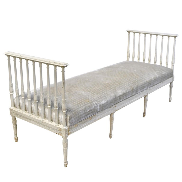 Hand-Carved Swedish Gustavian Banquette/Daybed w/ White-Grey Paint & New Upholstery, c 1800  For Sale