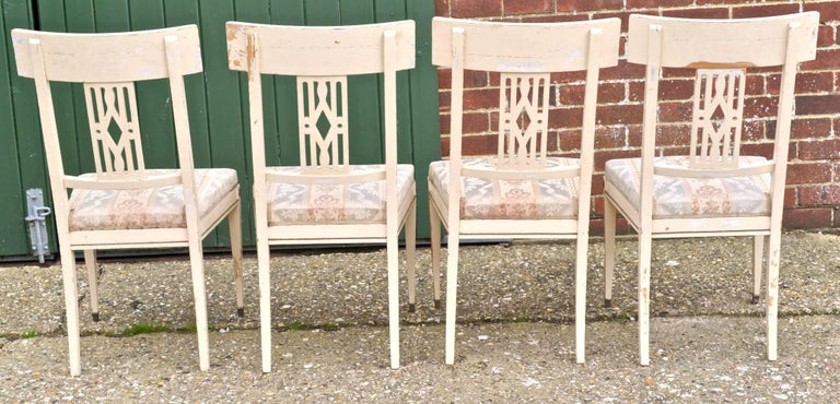 Carved Swedish Gustavian Bellman White Dining Chairs, Set of Six, Late 19th Century For Sale