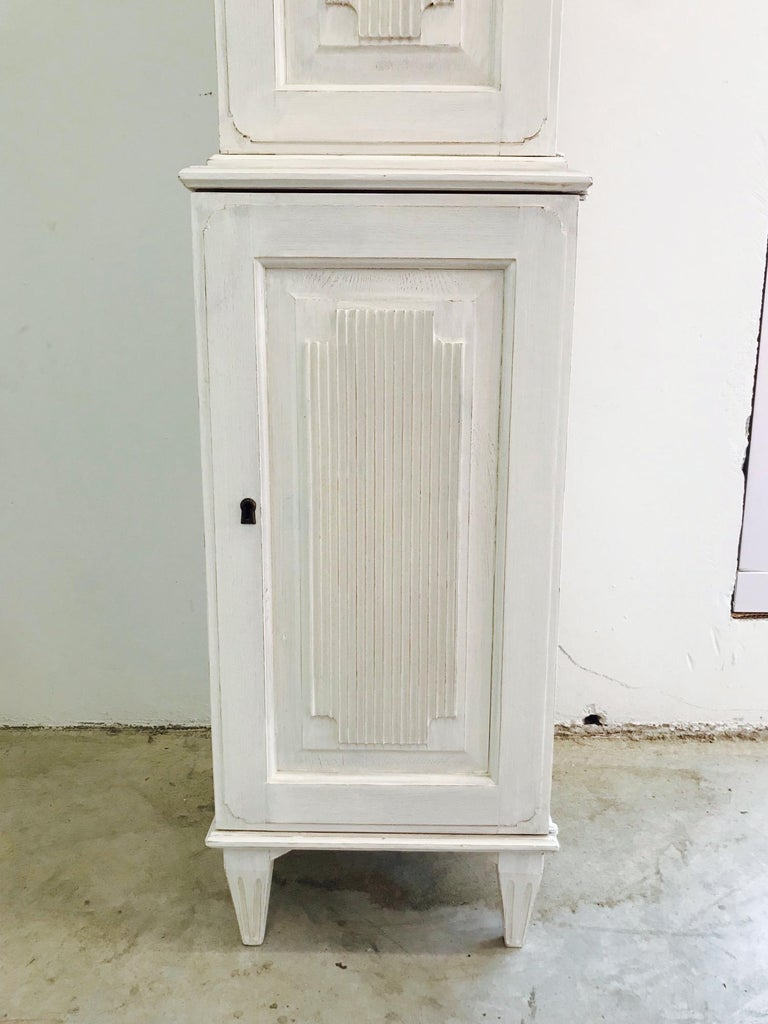 Swedish Gustavian Carved and Painted Narrow Cabinet For Sale 1