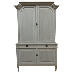 Swedish Gustavian Hutch