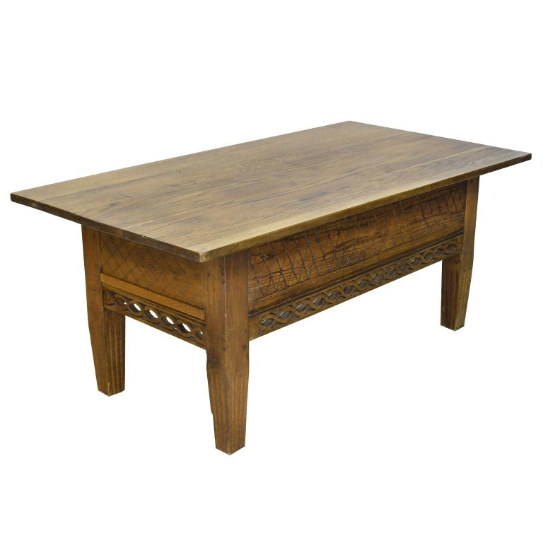19th Century Swedish Gustavian Oak Table with Pierced Fret Work on Apron, circa 1810 For Sale