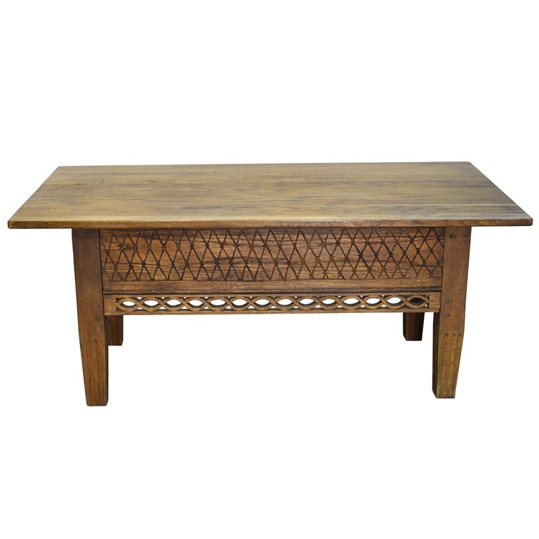 Swedish Gustavian Oak Table with Pierced Fret Work on Apron, circa 1810 For Sale 1
