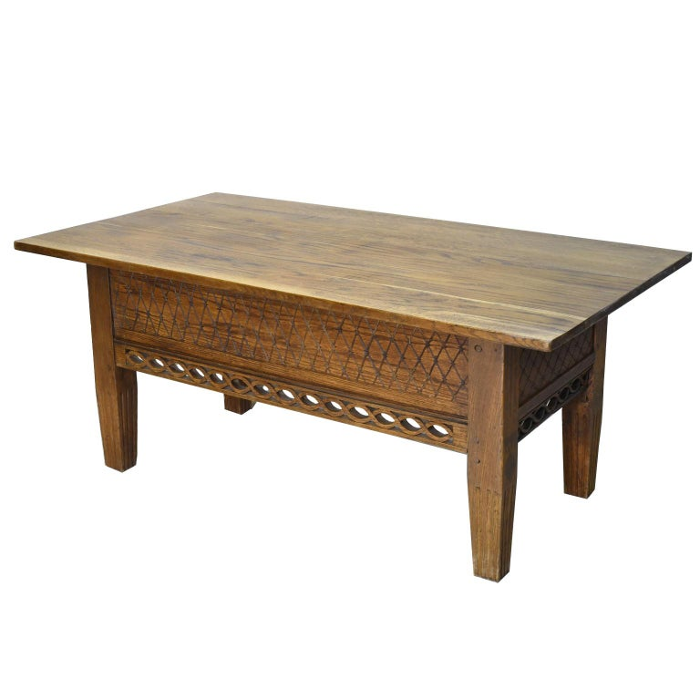 Swedish Gustavian Oak Table with Pierced Fret Work on Apron, circa 1810 For Sale 2