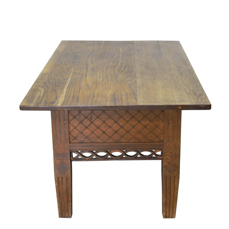 Swedish Gustavian Oak Table with Pierced Fret Work on Apron, circa 1810 For Sale 3