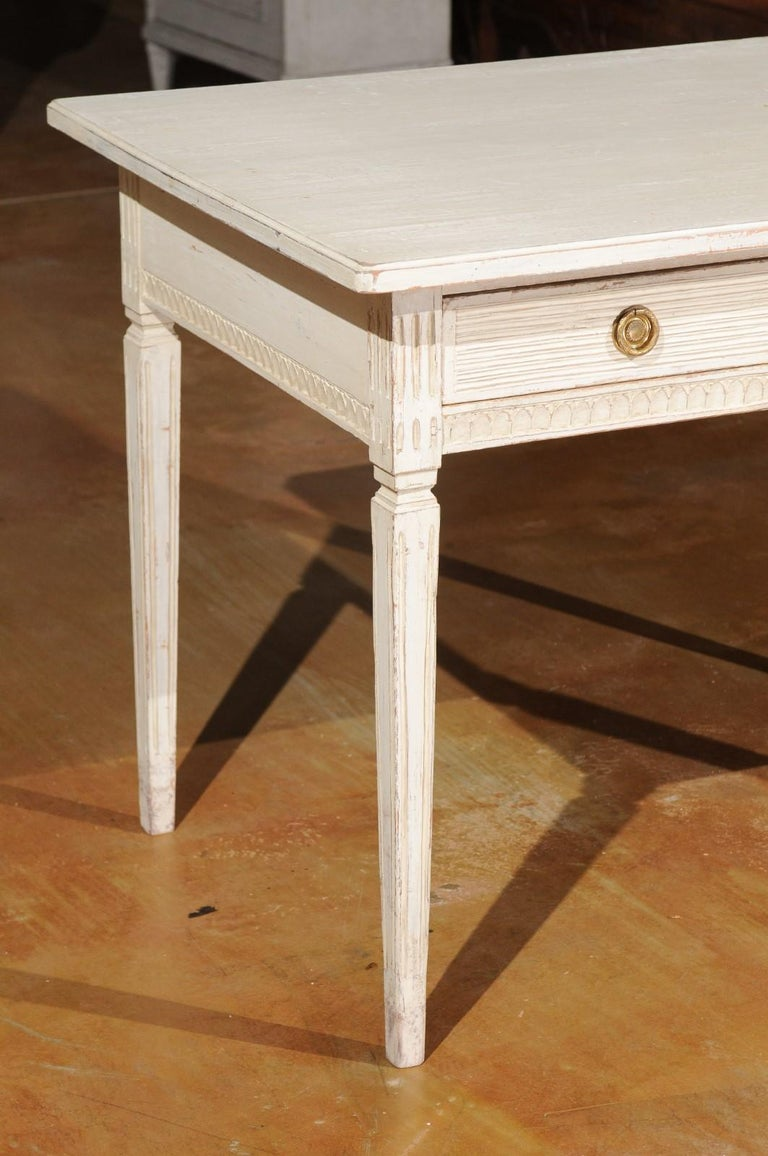 Swedish Gustavian Style 1850s Painted Desk with Two Drawers and Reeded Motifs In Good Condition In Atlanta, GA