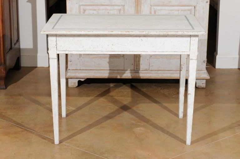 Swedish Gustavian Style 20th Century Painted Desk with Drawers and Foliage Decor 4