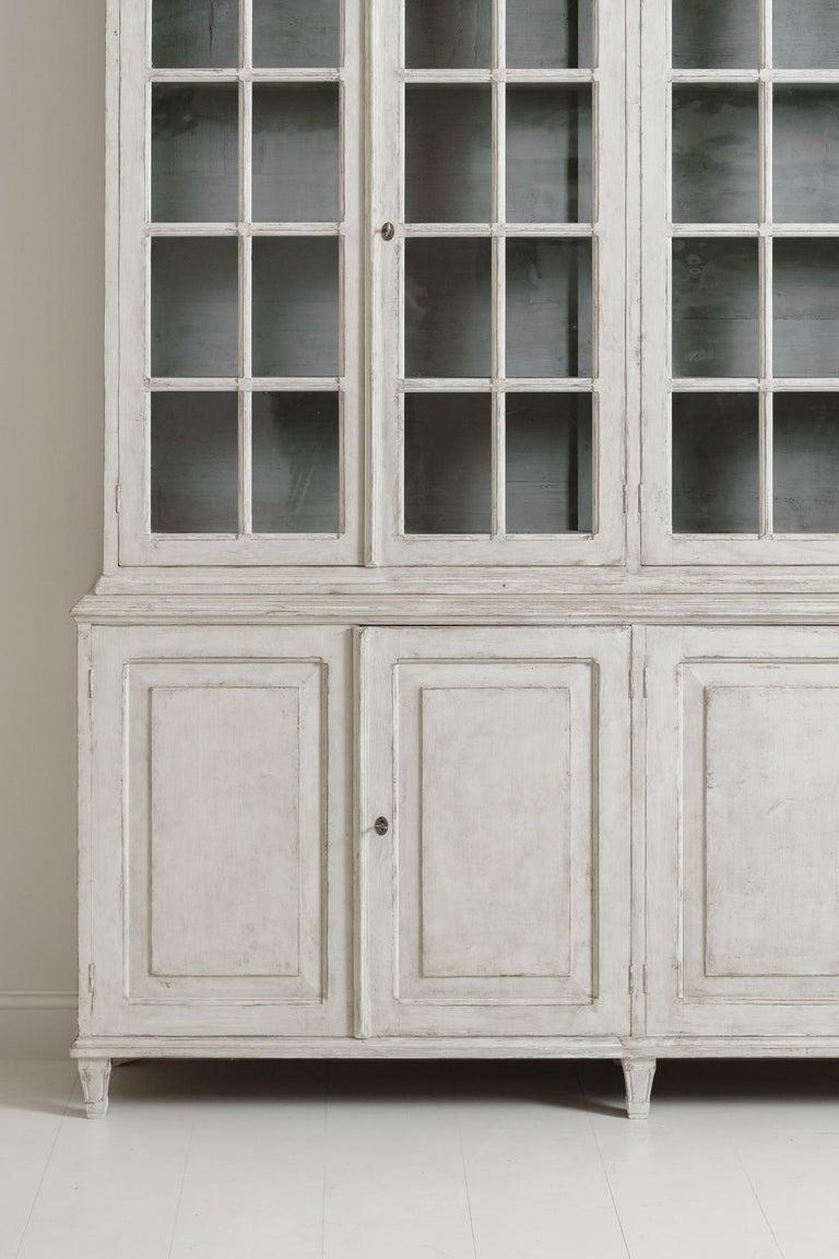 Swedish Gustavian Style Four-Door Glass Vitrine Bookcase Cabinet In Good Condition For Sale In Wichita, KS