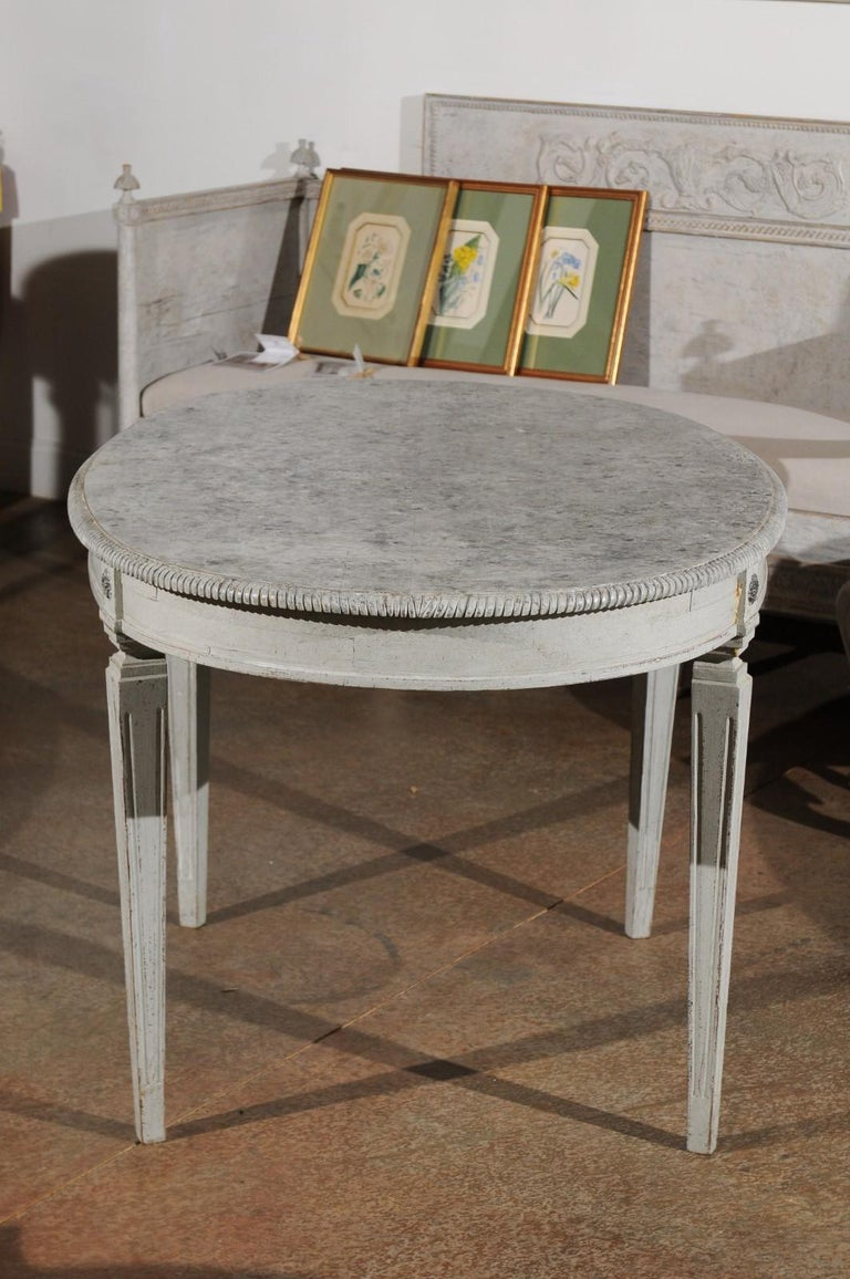 Swedish Gustavian Style Grey Painted Table with Marbleized Oval Top, circa 1880 For Sale 4