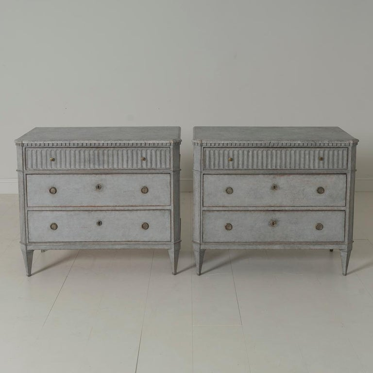 Swedish Gustavian Style Pair of Painted Bedside Commodes with Marbleized Tops 2