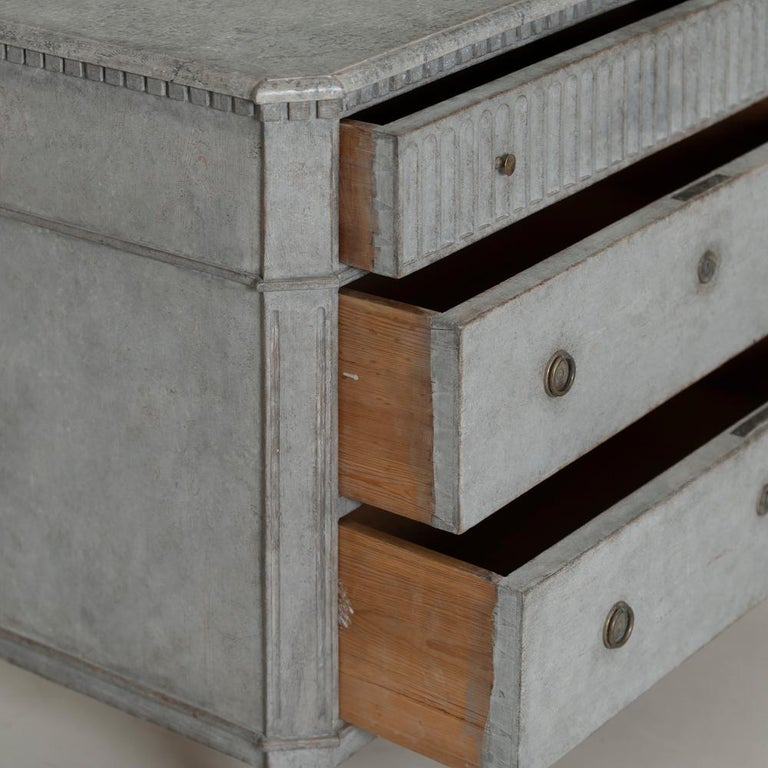 Swedish Gustavian Style Pair of Painted Bedside Commodes with Marbleized Tops 5