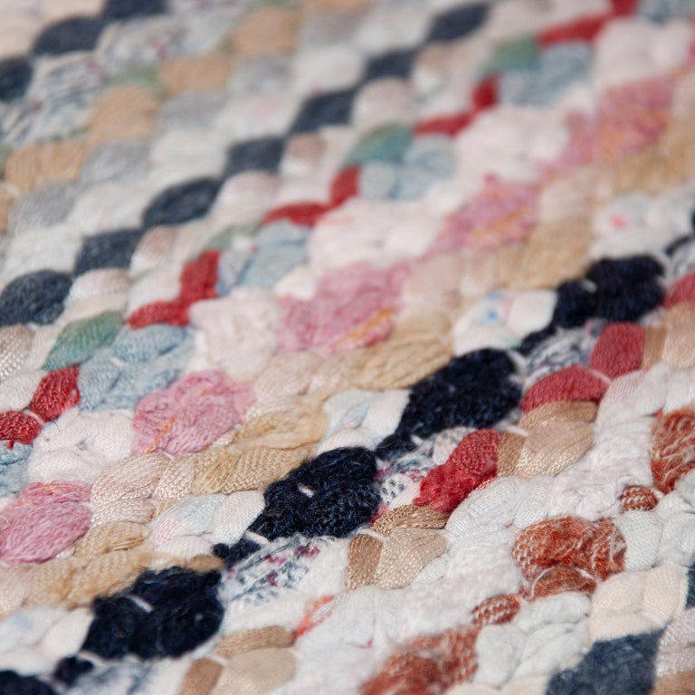 20th Century Swedish Handwoven Flat-Weave Rug In Good Condition For Sale In New York, NY