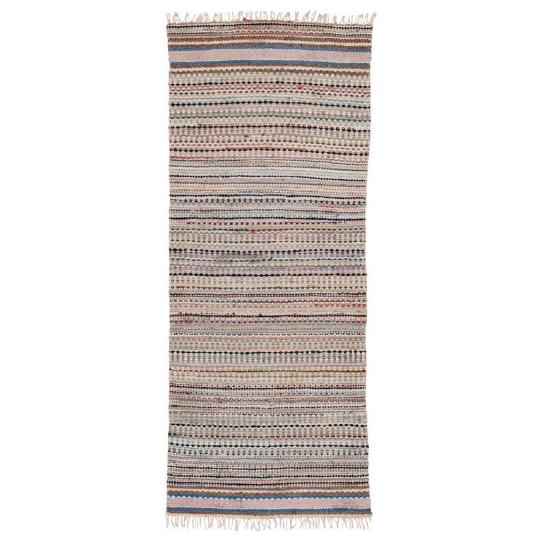 20th Century Swedish Handwoven Flat-Weave Rug For Sale