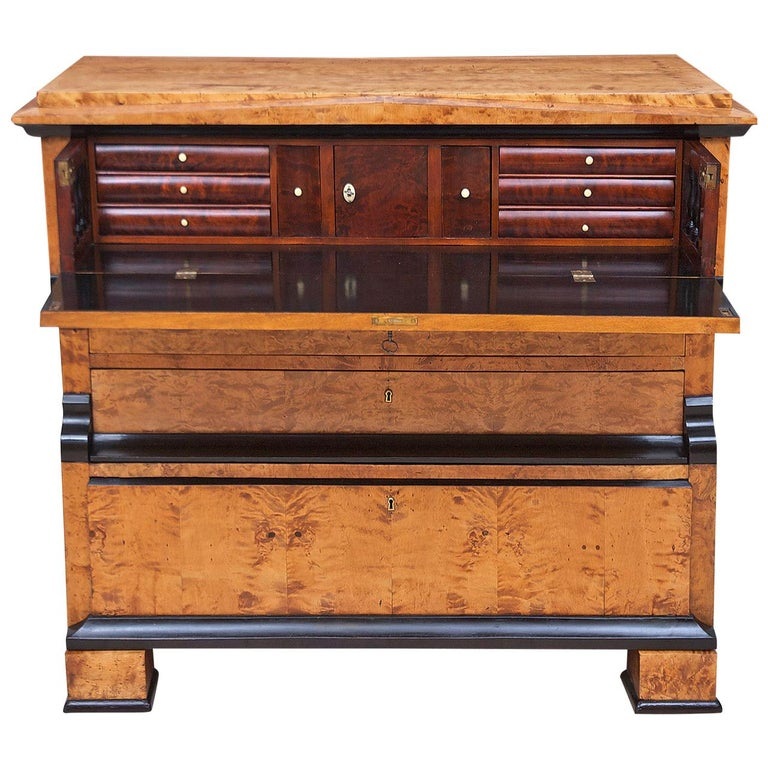 Swedish Karl Johan Biedermeier Chest of Drawers with Pull Out Secretary in Birch For Sale