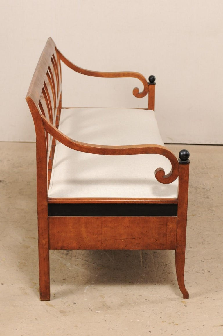 Swedish Karl Johan Style Sofa Bench from the Mid-19th Century For Sale 3