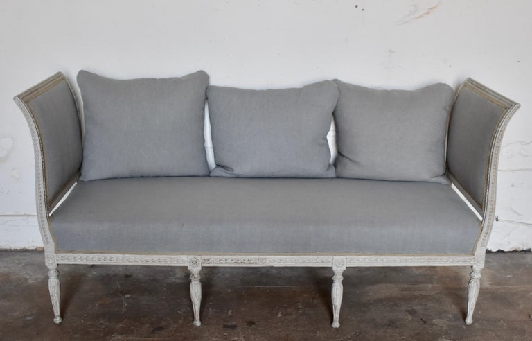 Hand-Carved Swedish Late Gustavian Banquet Sofa, the First Half of the 19th Century For Sale
