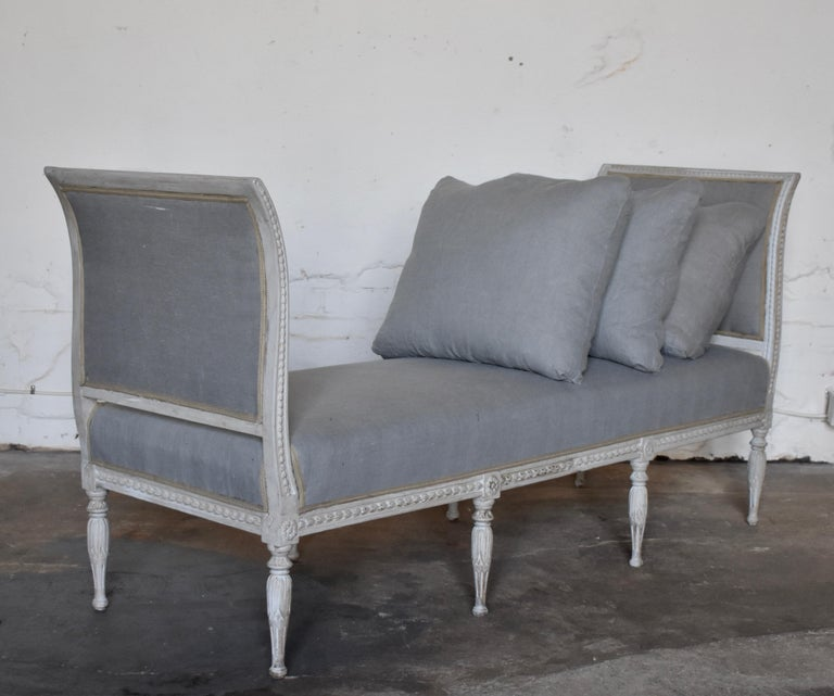 Swedish Late Gustavian Banquet Sofa, the First Half of the 19th Century In Good Condition For Sale In Helsingborg, SE