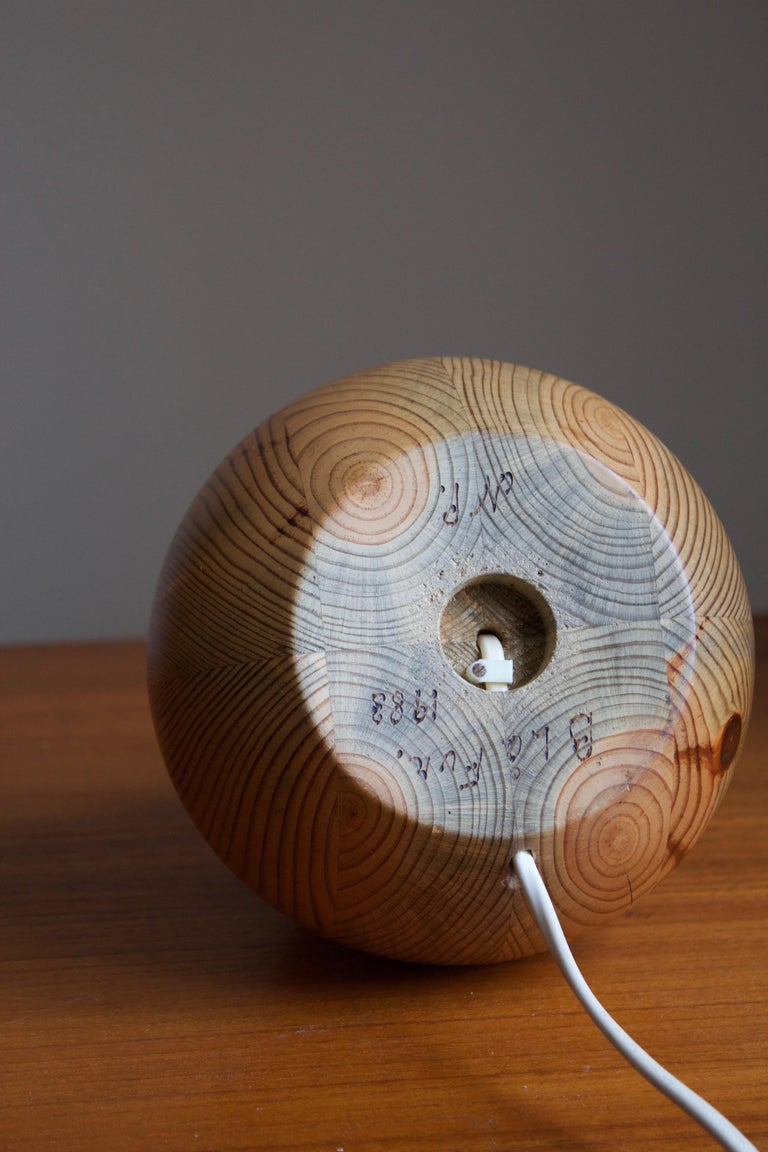 Late 20th Century Swedish Maker, Signed Table Lamp, Solid Pine, Fabric, Sweden, 1983 For Sale