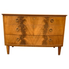 Swedish Midcentury 3-Drawer Chest with Light Mahogany Veneer and Curved Front