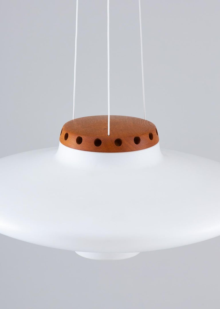 Swedish Midcentury Pendant in Oak and Opaline Glass by Luxus For Sale 1