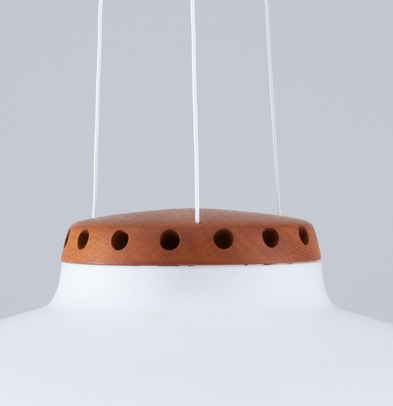 Swedish Midcentury Pendant in Oak and Opaline Glass by Luxus For Sale 2