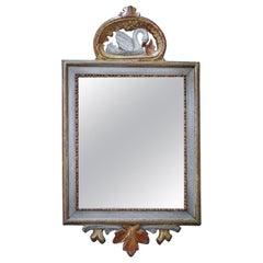 Schwedischer Spiegel mit Geschnitztem Schwan