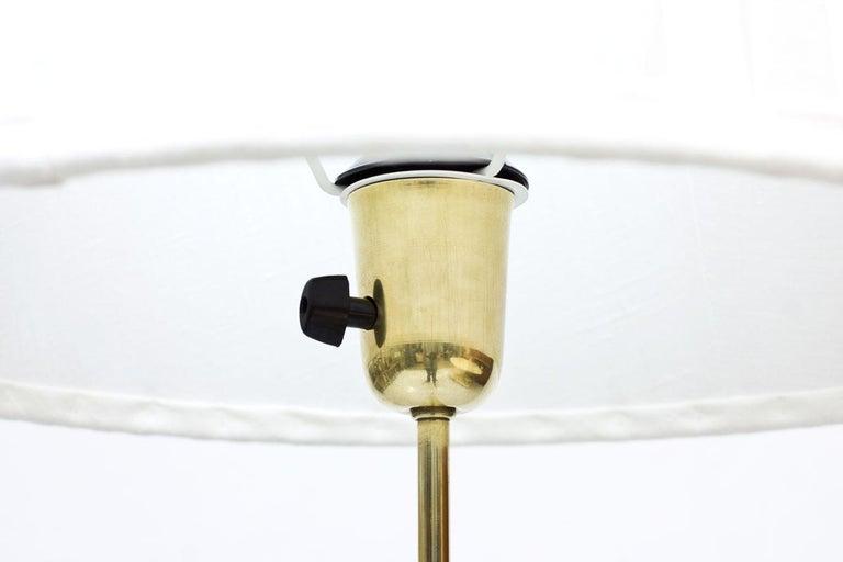 20th Century Swedish Modern Brass Floor Lamp by Böhlmarks, 1940s For Sale