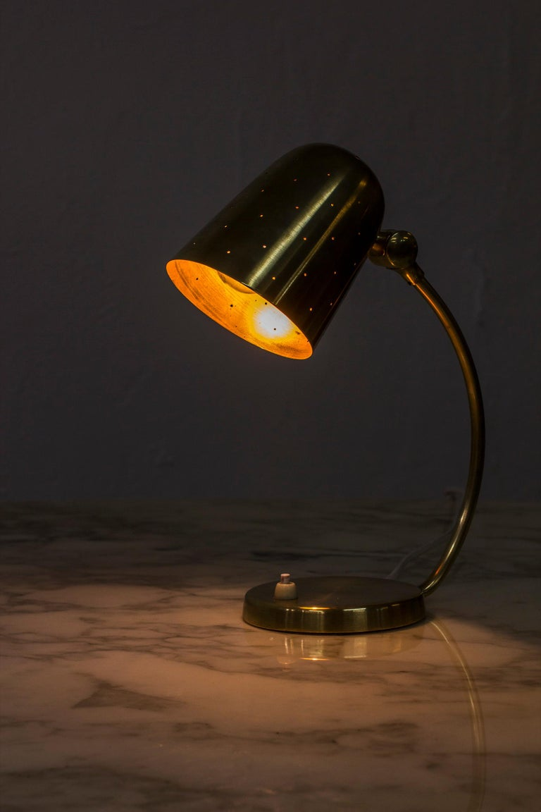 Swedish Modern Brass Table Lamp by Boréns, 1940s-1950s For Sale 4