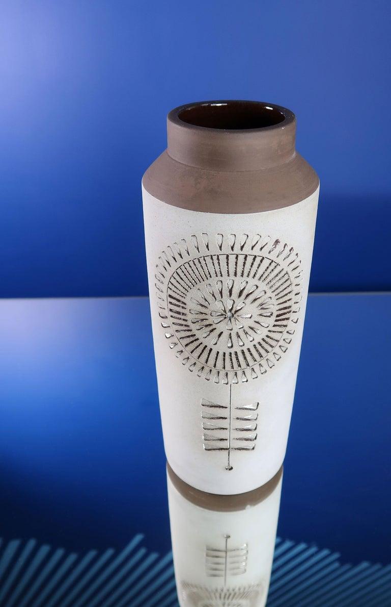 Swedish Modern Ceramic Light Grey Vase by Alingsås, 1960s For Sale 1