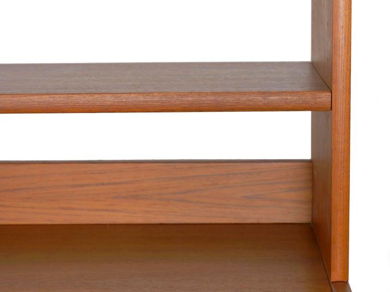 Swedish Modern Teak Bedroom Dresser Set and Desk by Bertil Fridhagen, circa 1964 For Sale 10