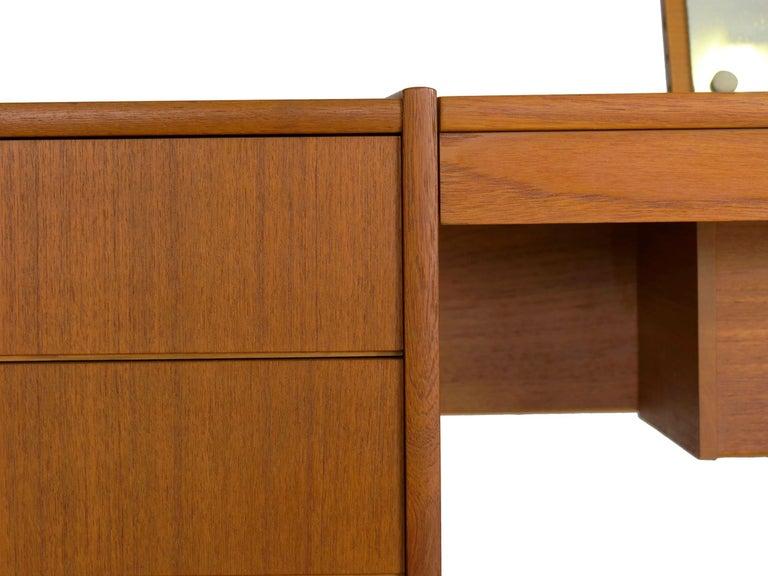 Swedish Modern Teak Bedroom Dresser Set and Desk by Bertil Fridhagen, circa 1964 For Sale 12