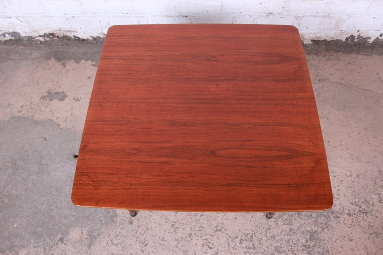 Swedish Modern Walnut Coffee Table Attributed to Folke Ohlsson for DUX In Good Condition For Sale In South Bend, IN