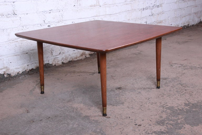 Swedish Modern Walnut Coffee Table Attributed to Folke Ohlsson for DUX For Sale 1