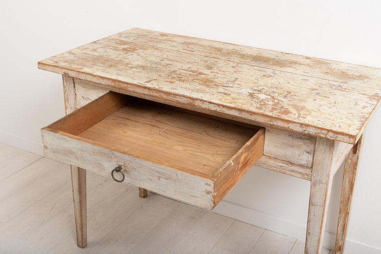 Swedish Neoclassic Desk with Original Paint For Sale 3