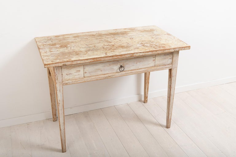 Swedish Neoclassic Desk with Original Paint For Sale 1