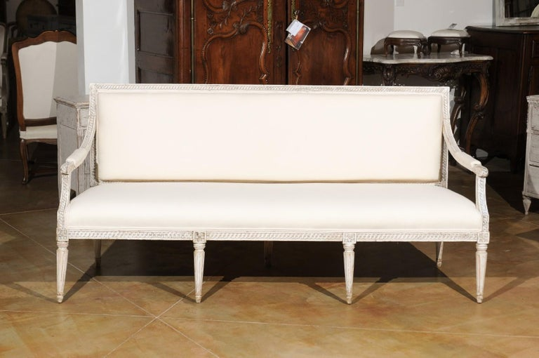 Swedish Neoclassical Style 19th Century Painted Sofa with Guilloche Motifs For Sale 4