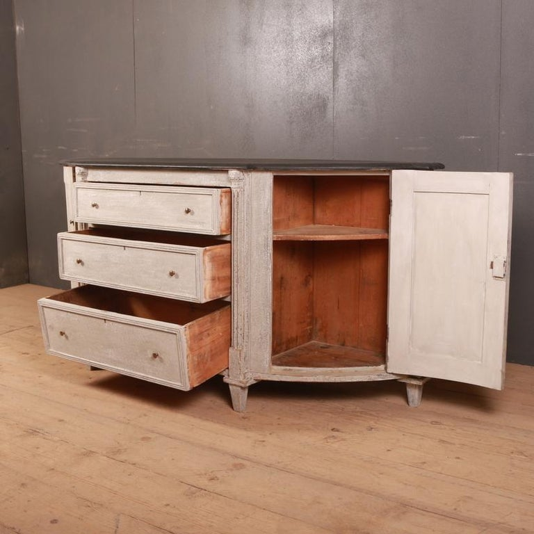 Swedish Painted Buffet / Sideboard For Sale 2