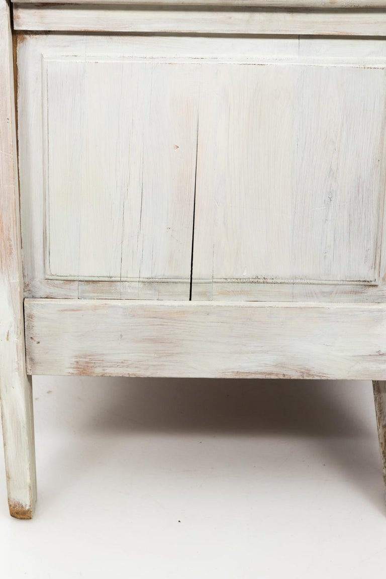 Swedish Painted Storage Bench, circa 1900 For Sale 5