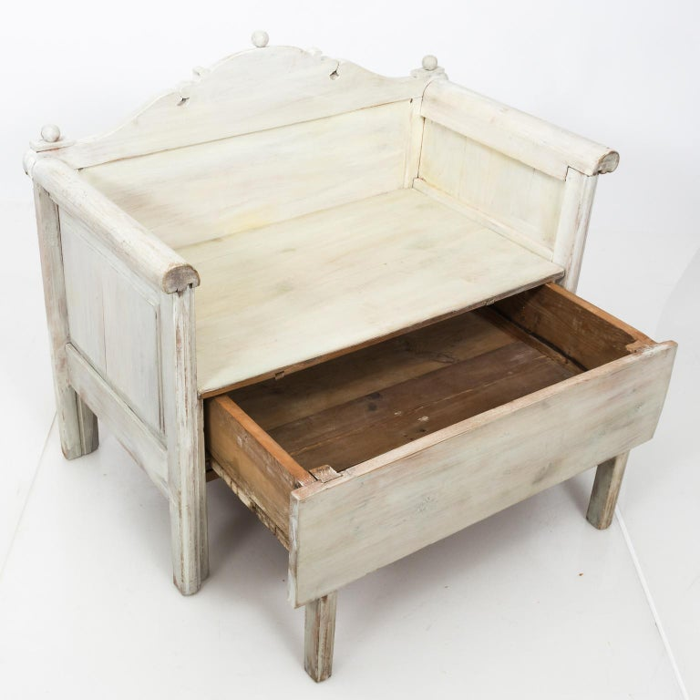 Swedish Painted Storage Bench, circa 1900 For Sale 3