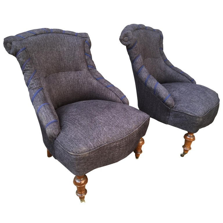 Swedish Pair of 19th Century Lounge Armchairs For Sale 1