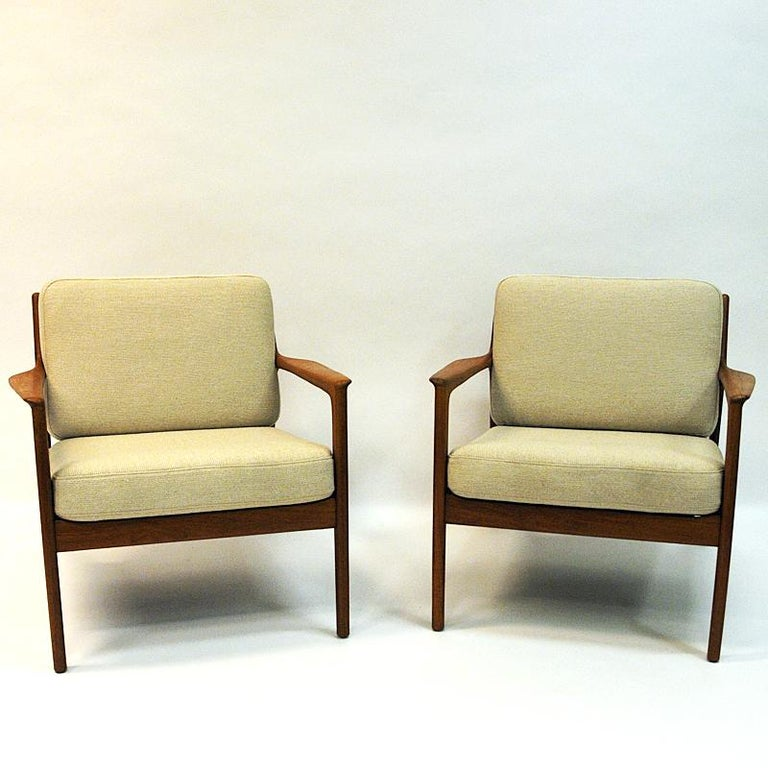 Swedish Pair of Teak Loungechairs Mod USA 75 by Folke Ohlsson for DUX, 1960s In Good Condition For Sale In Stockholm, SE