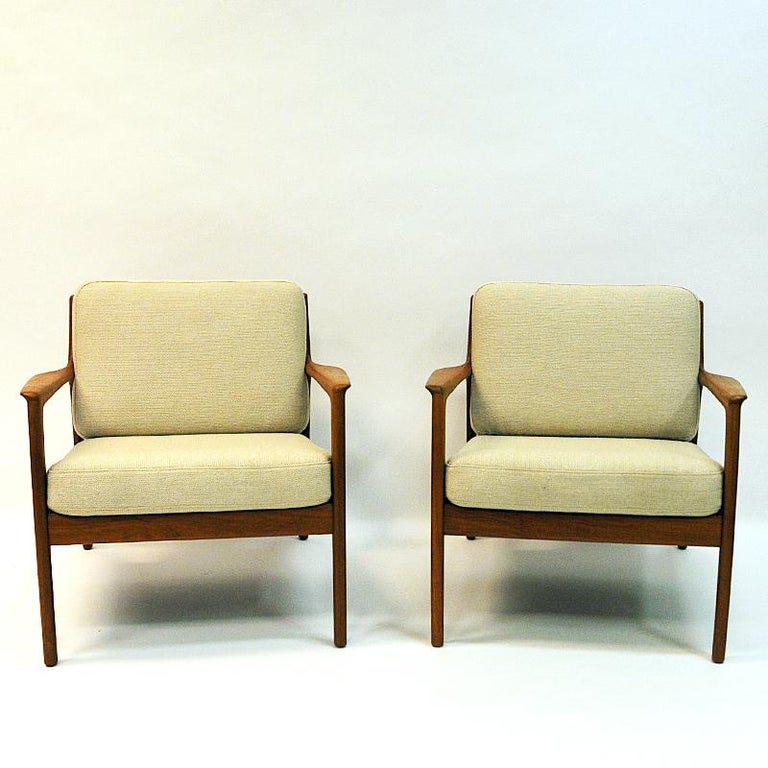 Mid-20th Century Swedish Pair of Teak Loungechairs Mod USA 75 by Folke Ohlsson for DUX, 1960s For Sale