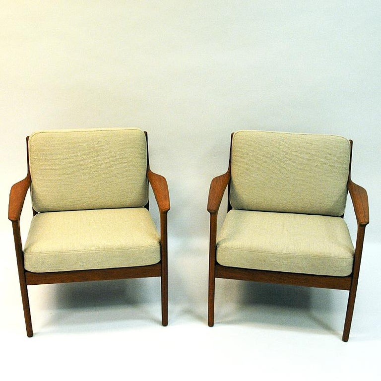 Wool Swedish Pair of Teak Loungechairs Mod USA 75 by Folke Ohlsson for DUX, 1960s For Sale