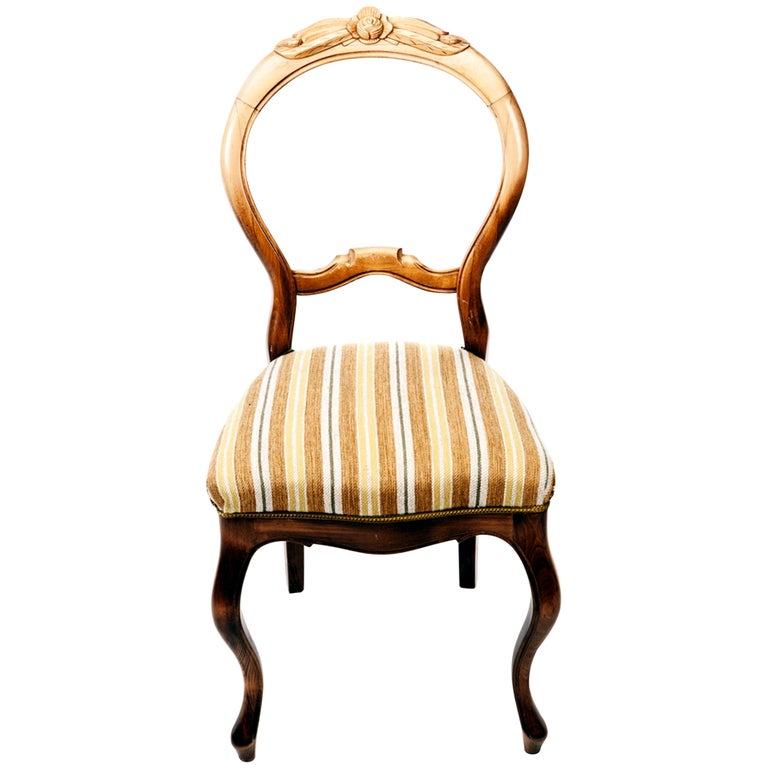 Swedish Rococo Chairs in Carved Birch, Early 1900s For Sale