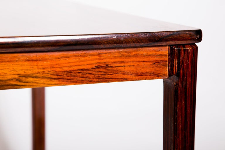 Swedish Rosewood Coffee Table by Alberts Tribro, 1960s In Good Condition For Sale In Budapest, HU
