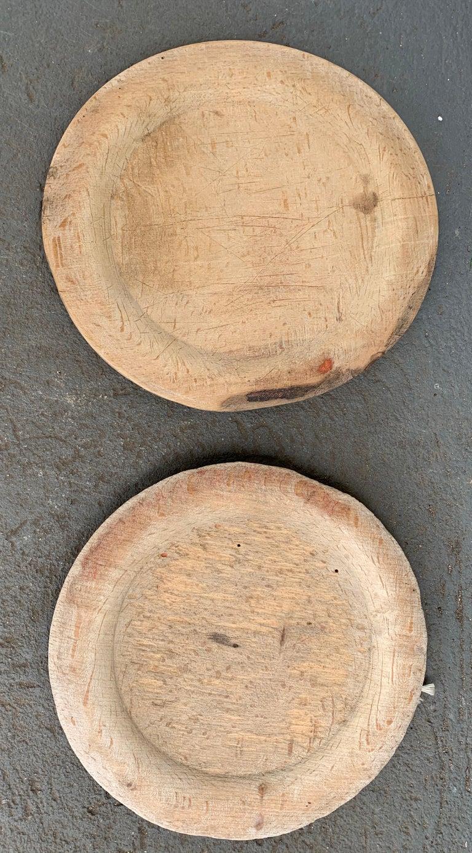 Swedish Set of 10 Wooden Folk Art Dinner Plates For Sale 11