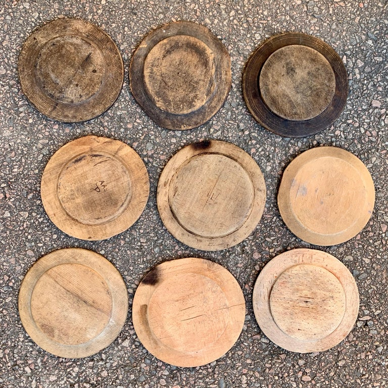 Hand-Crafted Swedish Set of 9 Antique Wooden Folk Art Dinner Plates For Sale