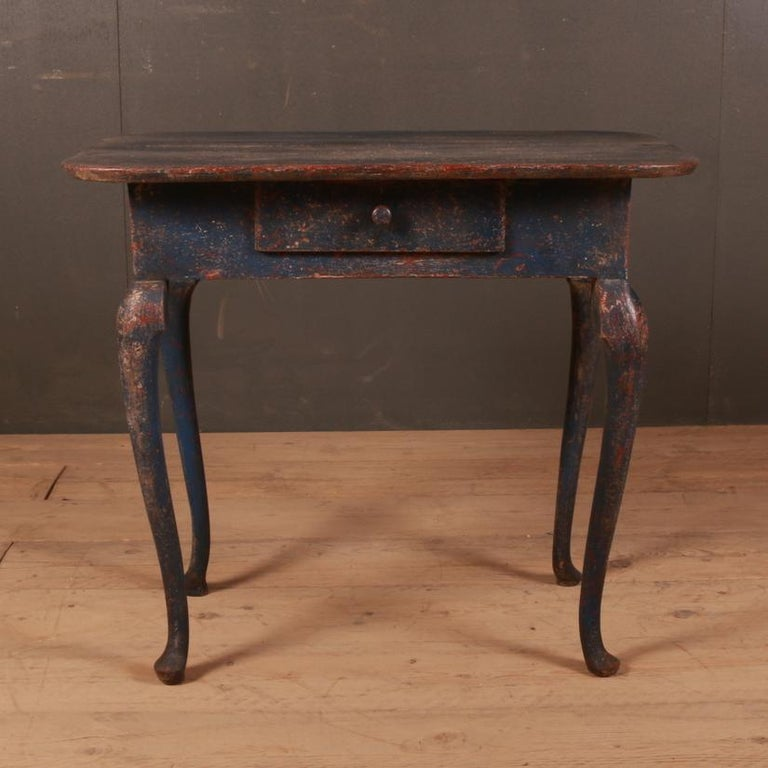 Wonderful 18th century Swedish lowboy/ side table, 1780  Dimensions 32 inches (81 cms) wide 20.5 inches (52 cms) deep 28 inches (71 cms) high.