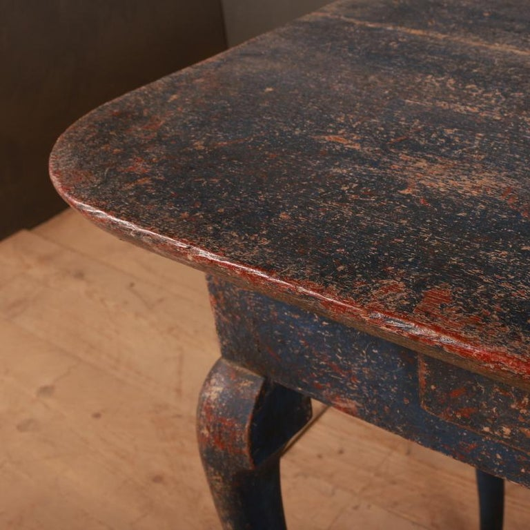 Swedish Side Table In Good Condition For Sale In Leamington Spa, Warwickshire